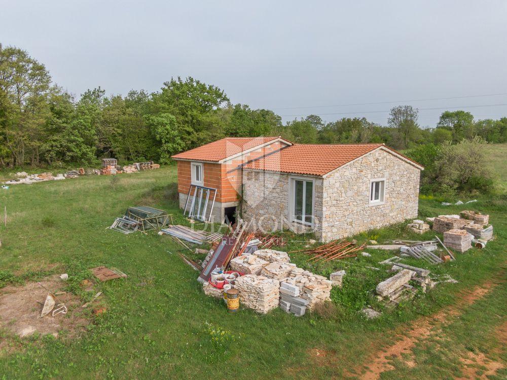 Kuća na osami idealna za ranč