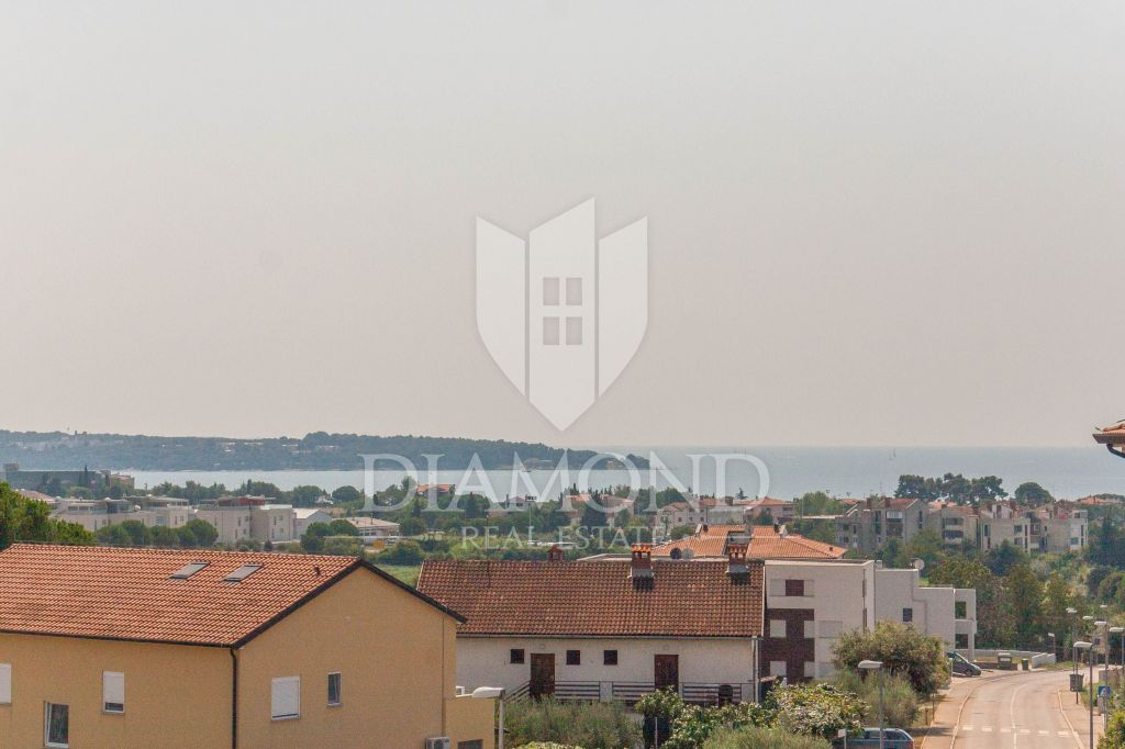Novigrad, Apartment with beautiful sea view!