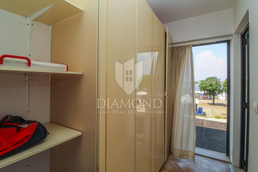 Exclusive! Opportunity - apartment on the square in Umag