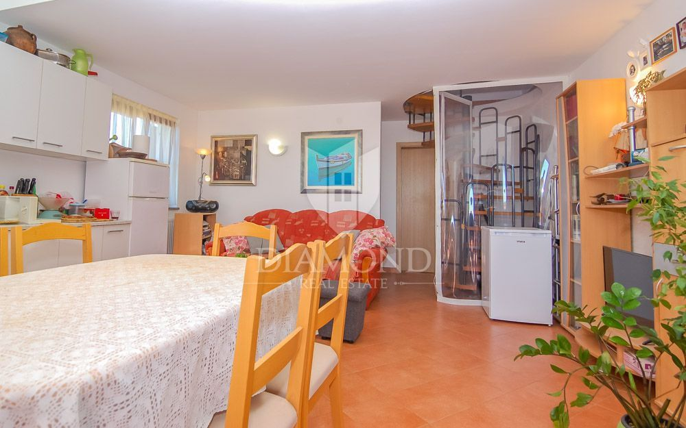 Buje - surroundings, two bedroom apartment sea view