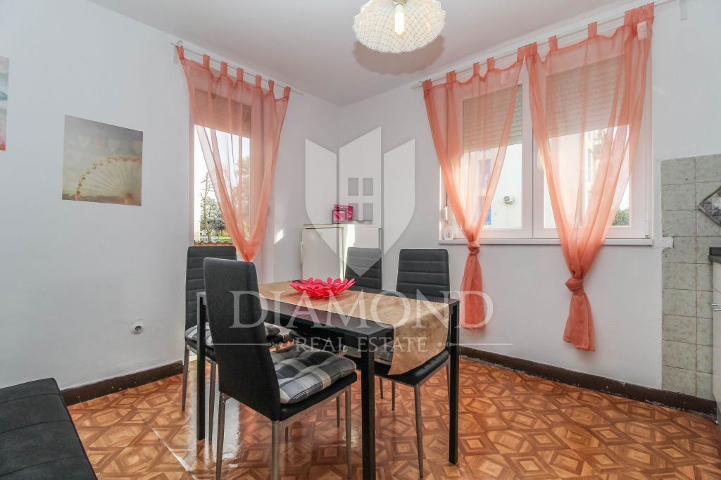 Umag, center, ground floor apartment 250 m from the sea