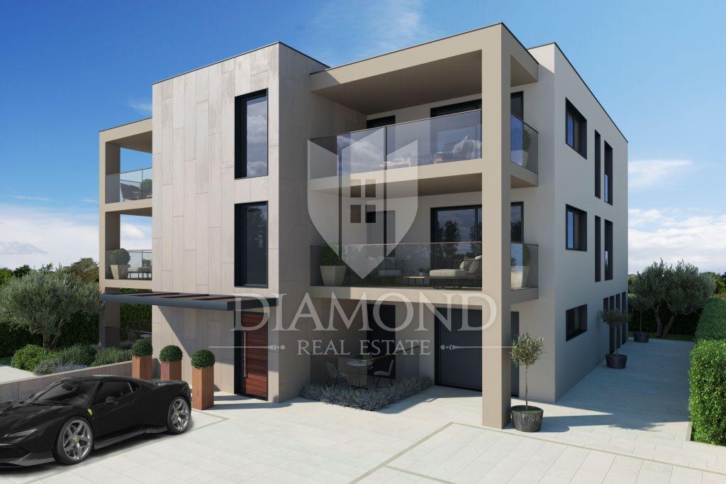 Poreč, New luxury apartment 1st floor near the center