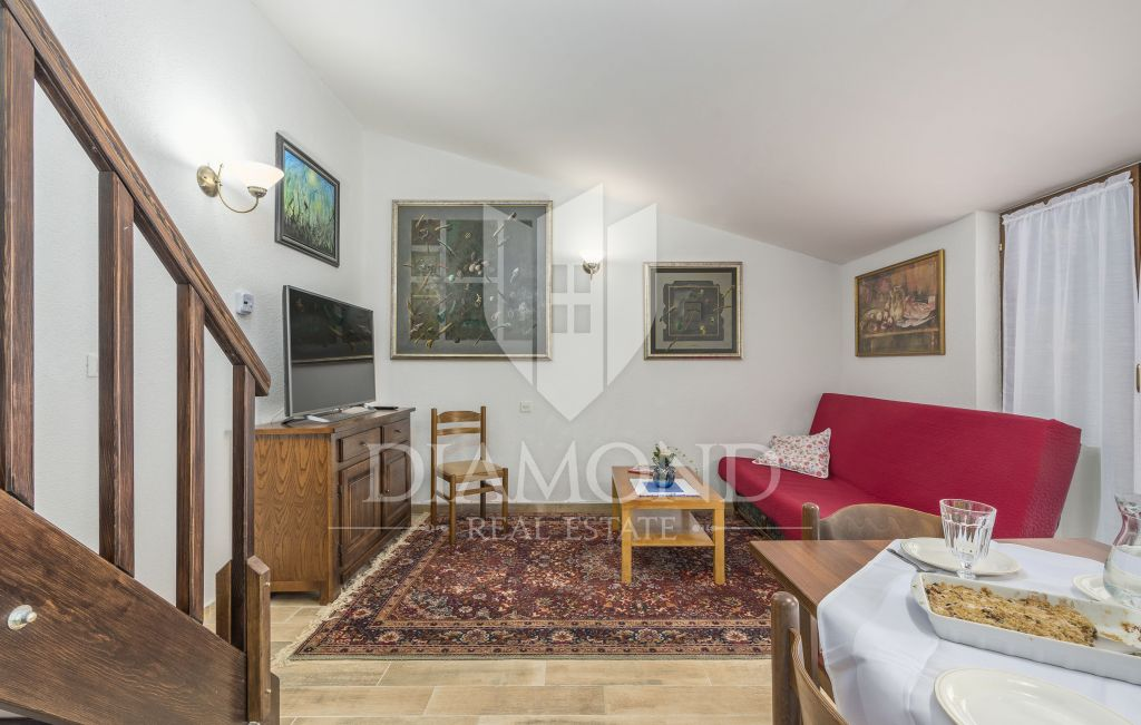 Porec, Duplex house in a perfect location