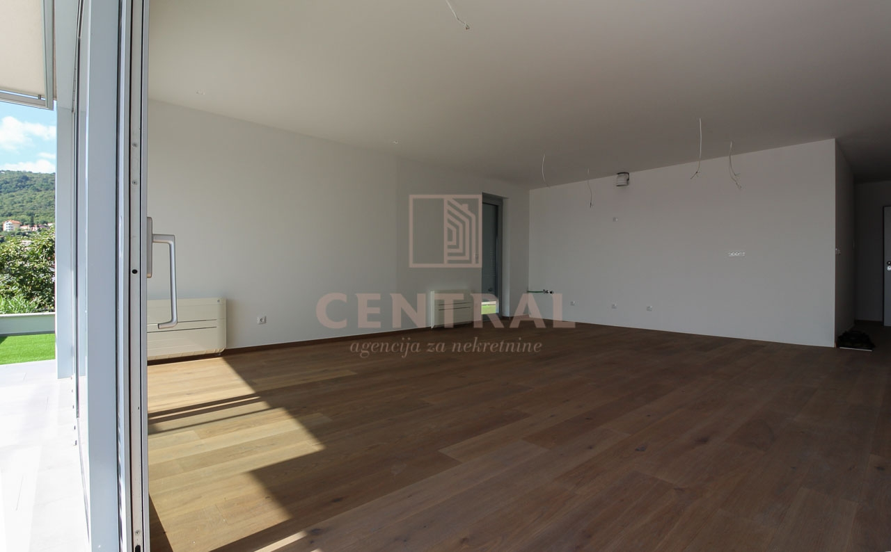 Opatija, stan 2S+DB u novogradnji 87,58 m2