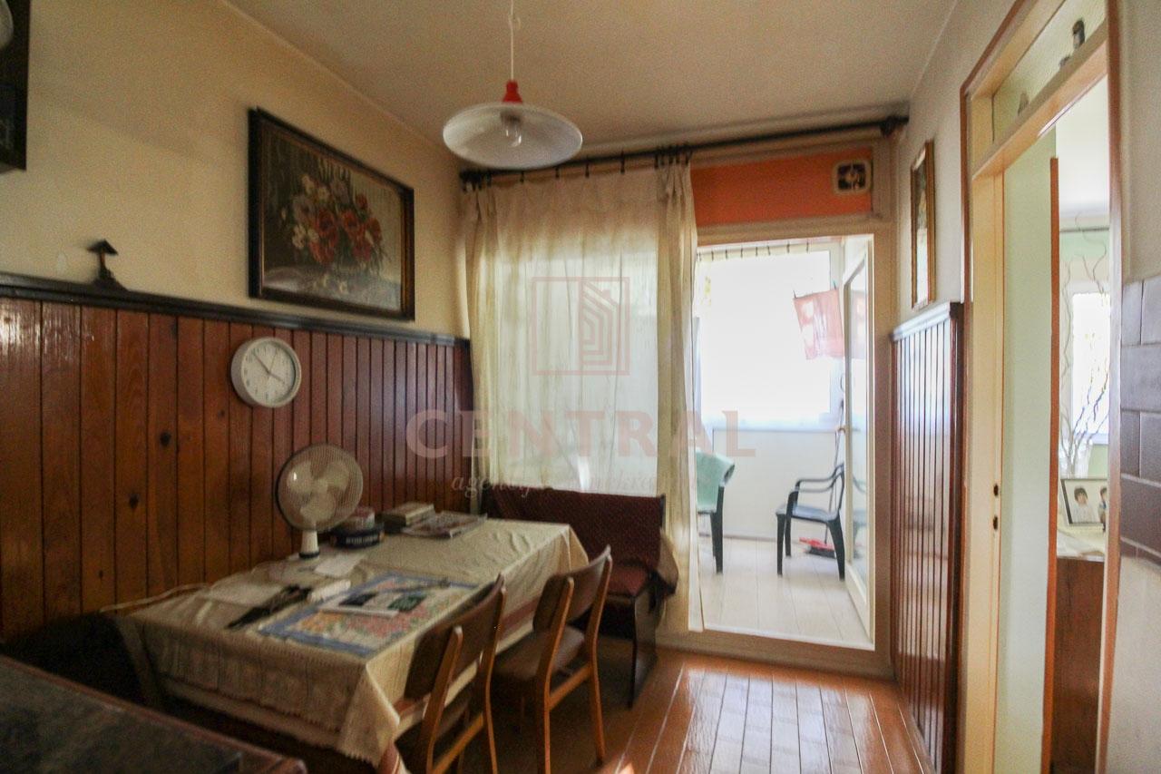 Škurinje, dvosoban klasični stan, 62 m2