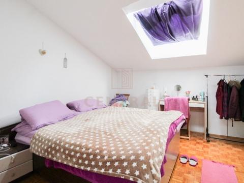 Crikvenica, dvosoban stan s dnevnim boravkom, 66 m2