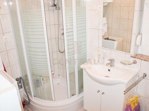 Viškovo, dvosoban stan s dnevnim boravkom, 48 m2
