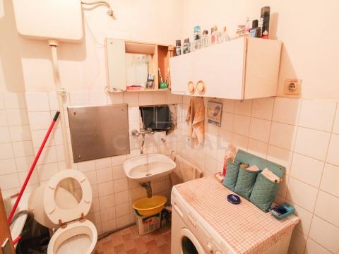 Gornja Vežica, trosoban stan s dnevnim boravkom, 79 m2