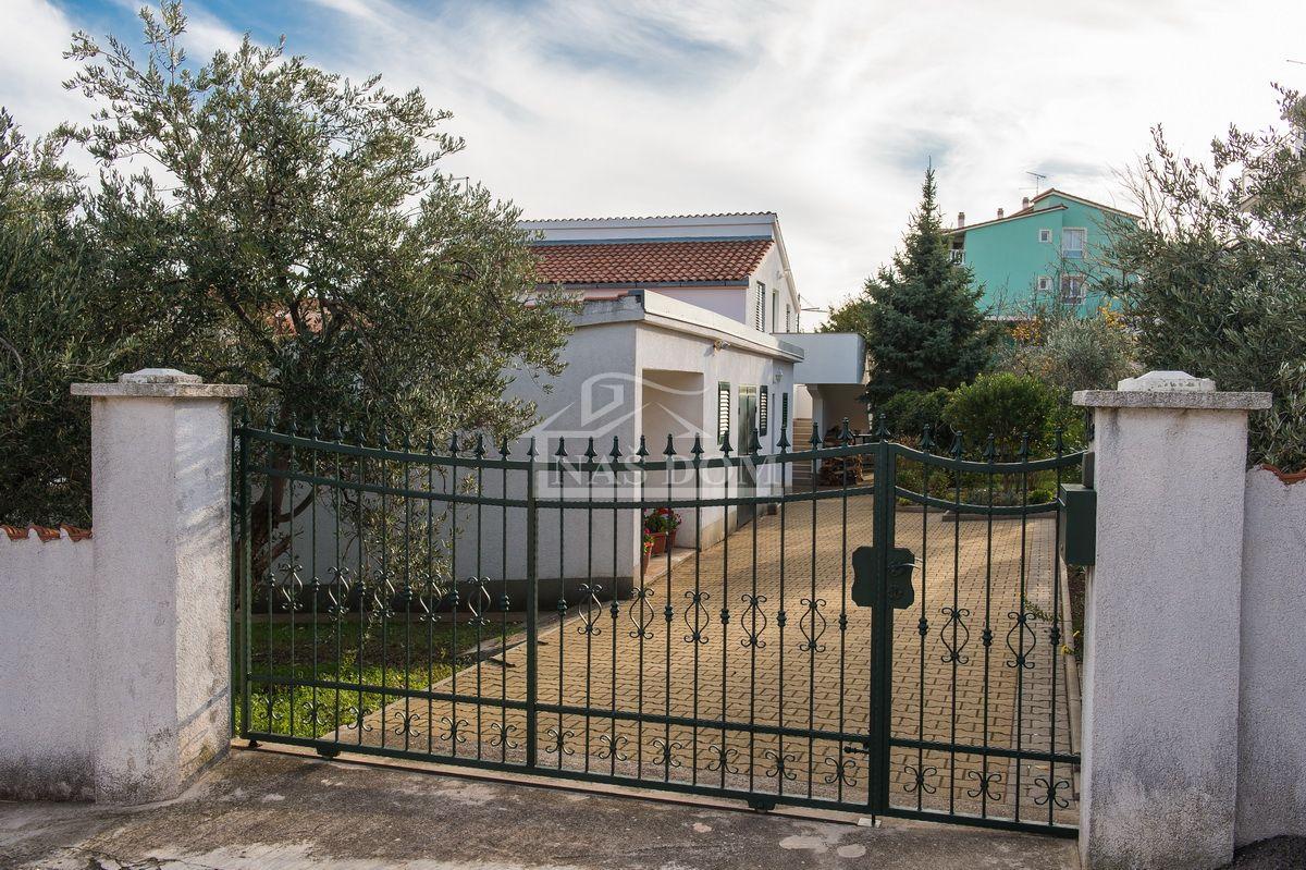 Vodice- Storey house 234m2 with big yard
