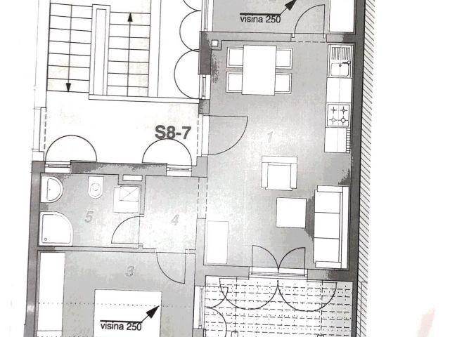 Vodice- dvosoban apartman sa garažom 300 m do mora