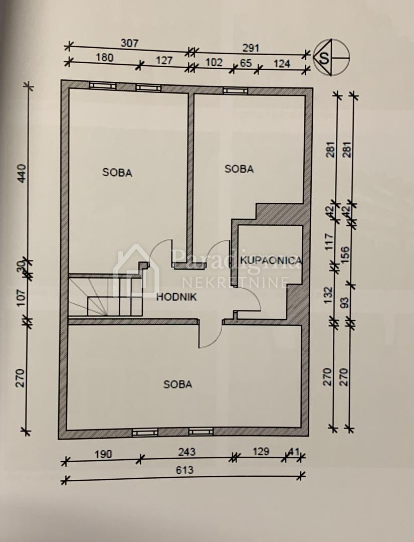Malešnica dvoetažni stan - 88.77 m2