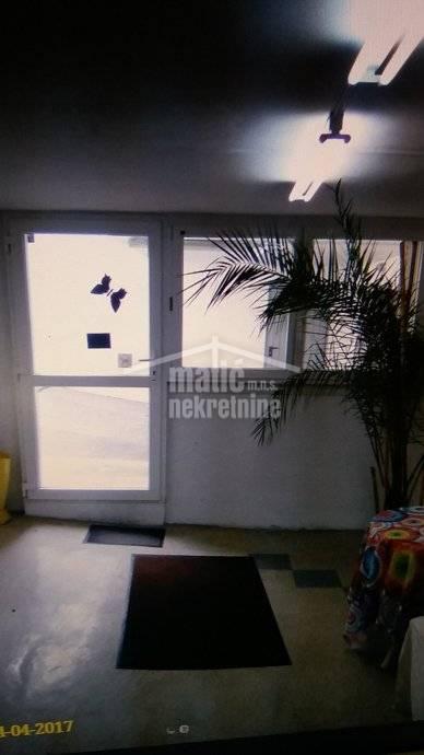 Poslovni prostor: Split,Pazdigrad- 254 m2/n.pr. -POVOLNO za HOSTEL