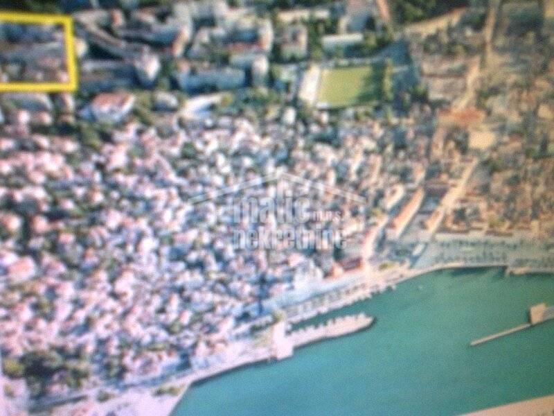 Stan: Split, Pazdigrad 76 m2 1 kat, urbana vila-lođa-pogled