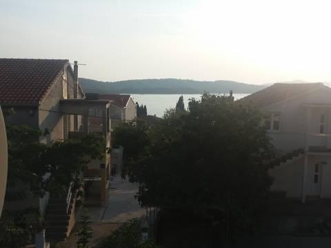 ČIOVO-Okrug Gornji290m +690m =399.000 E
