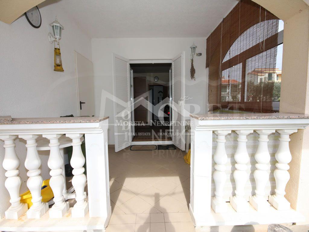 Srima, apartman 100 metara od plaže