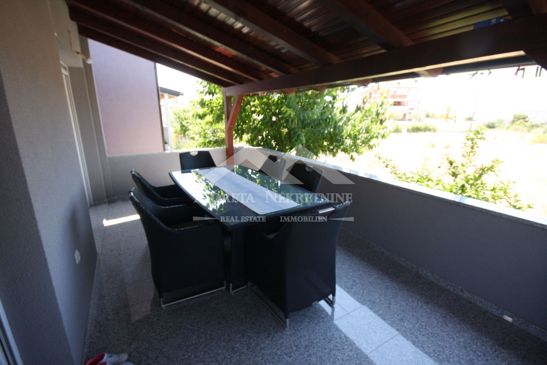 Vodice, newer semi-detached house on a quiet location