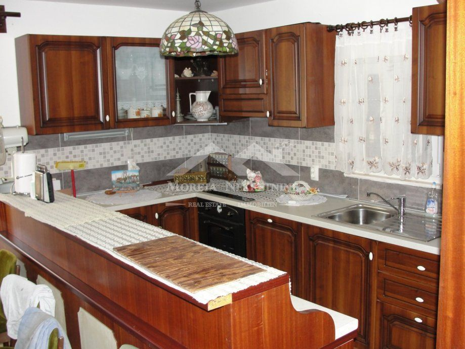 Krilo Jesenice, family house with sea view