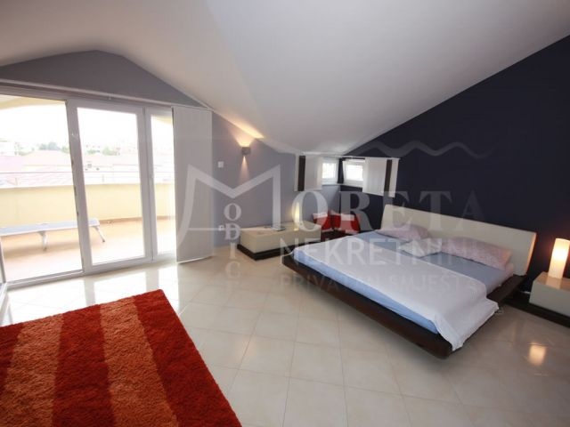 Vodice, luksuzan apartman s pogledom na more i grad Vodice