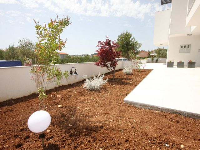 REDUCED!!!, Vodice, new semi-detached house with separate apartment and sea view - mark S3