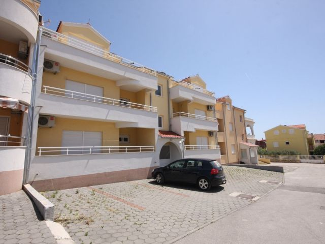 Vodice, two bedroom apartment with a view