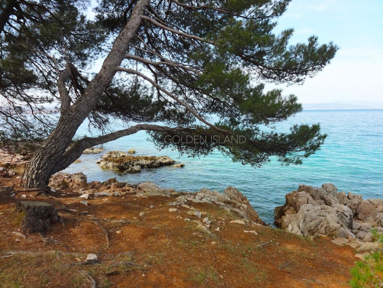 Otok KRK 1.red uz more Hotelsko zemljište