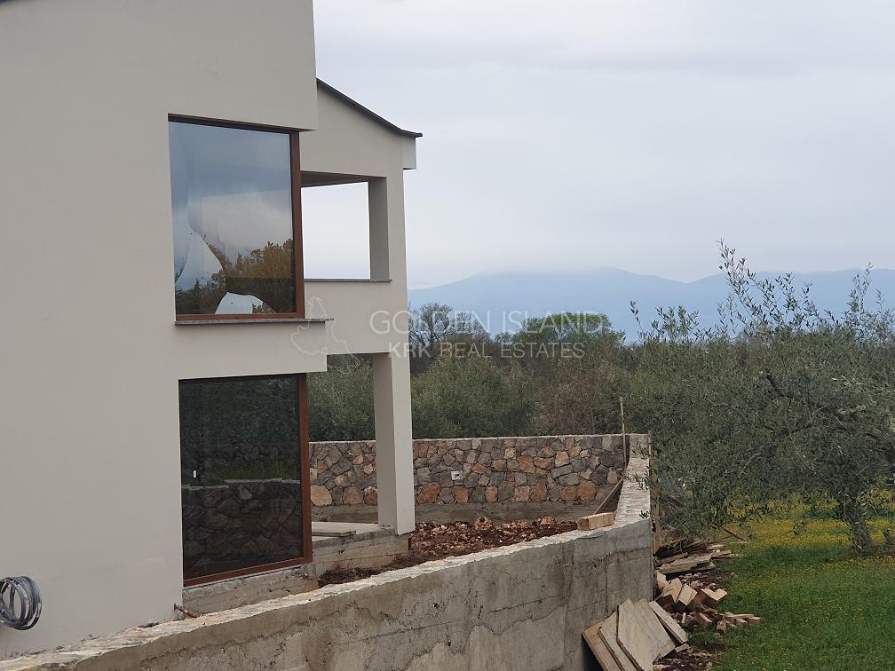 Otok Krk, Villa novo!