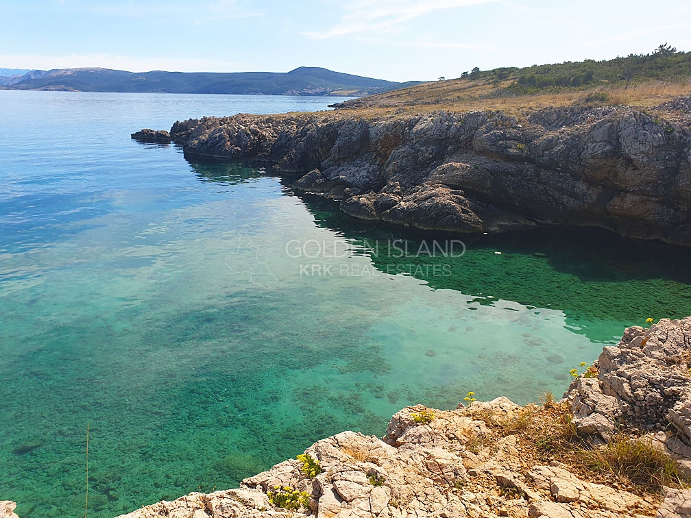 1.red uz more, Otok KRK