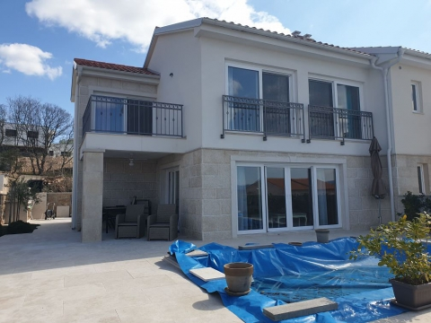 Malinska, okolica, odlična nova kuća sa pogledom!