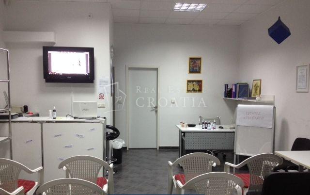 Centar, poslovni prostor 38,54 m2  -prodaja