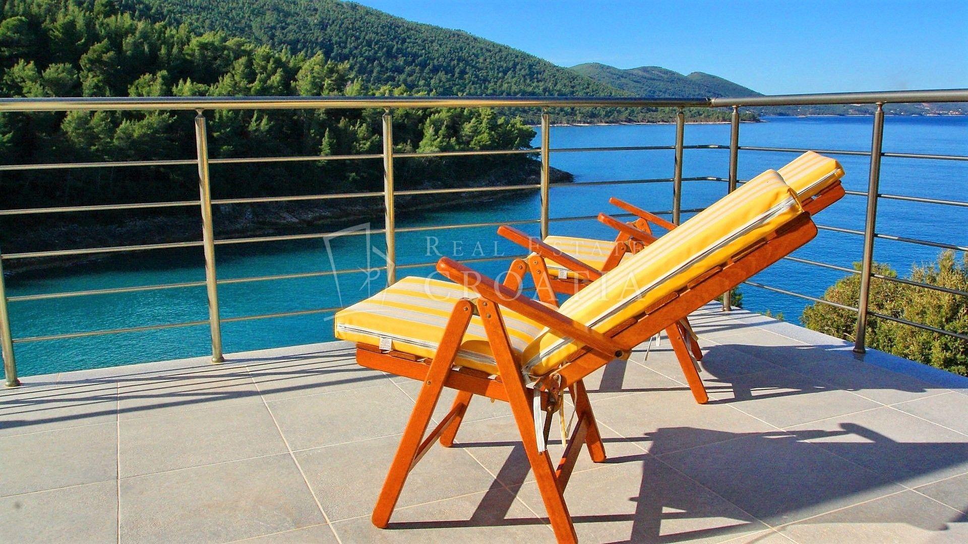 KORČULA- Ekskluzivna vila s bazenom, uvala Rasoha