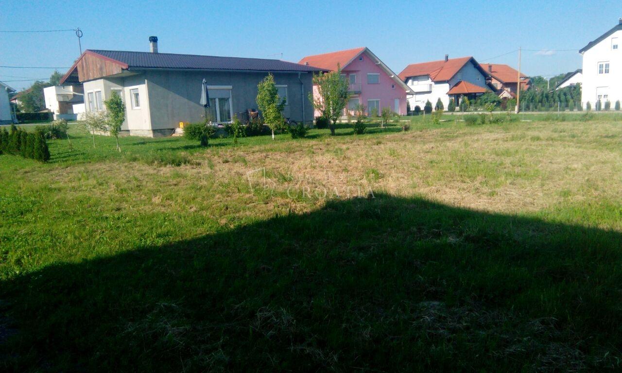 Dugo Selo centar, građevinsko zemljište