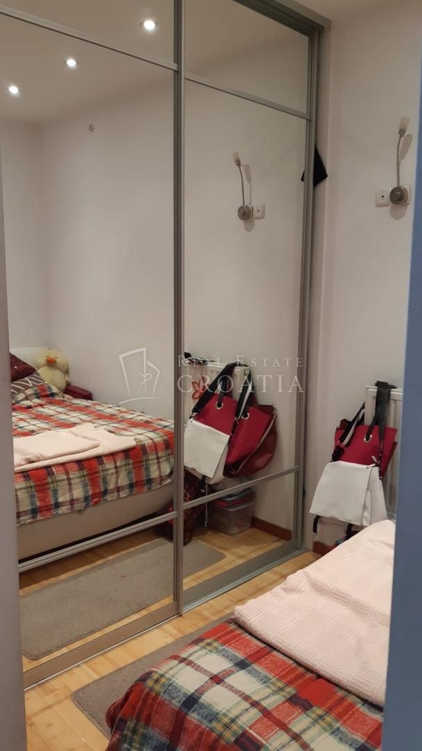 Črnomerec- mali stan u Cankarevoj