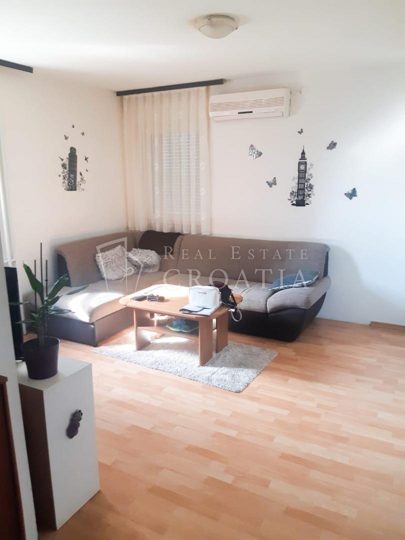 Stan u Velikoj Gorici  42m2