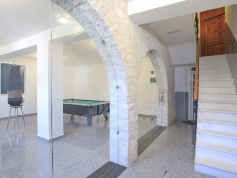 Kuća ****  s poslovnim prostorom, centar, Vela Luka