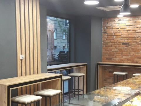 Ulični poslovni prostor na Draškovićevoj 140m2