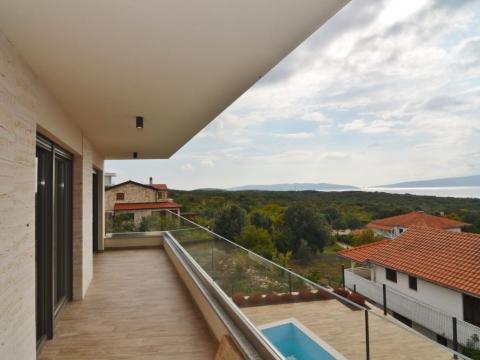 KRK, Pinezići-luksuzna vila sa bazenom