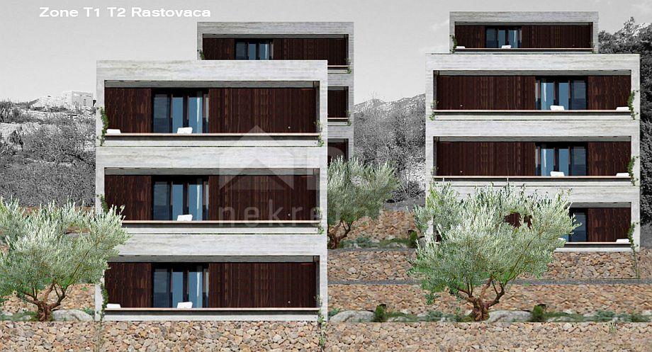 RASTOVAČA - STINICA građevinski teren za 14300m2 za apartmane / hotel / - kig 30% - kis 80%.