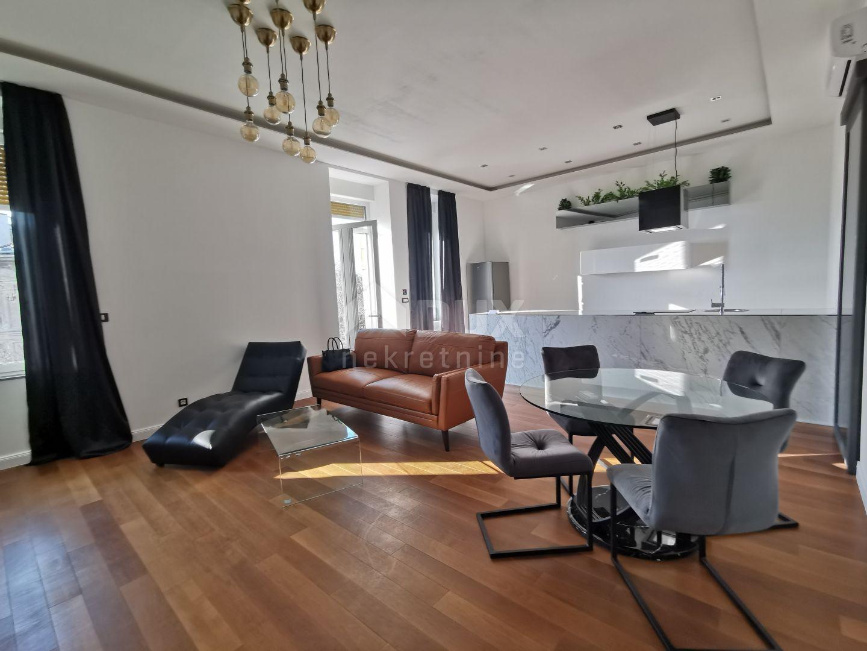 RIJEKA, BELVEDER - luksuzan 2S+DB stan 90 m2 - pogled na more