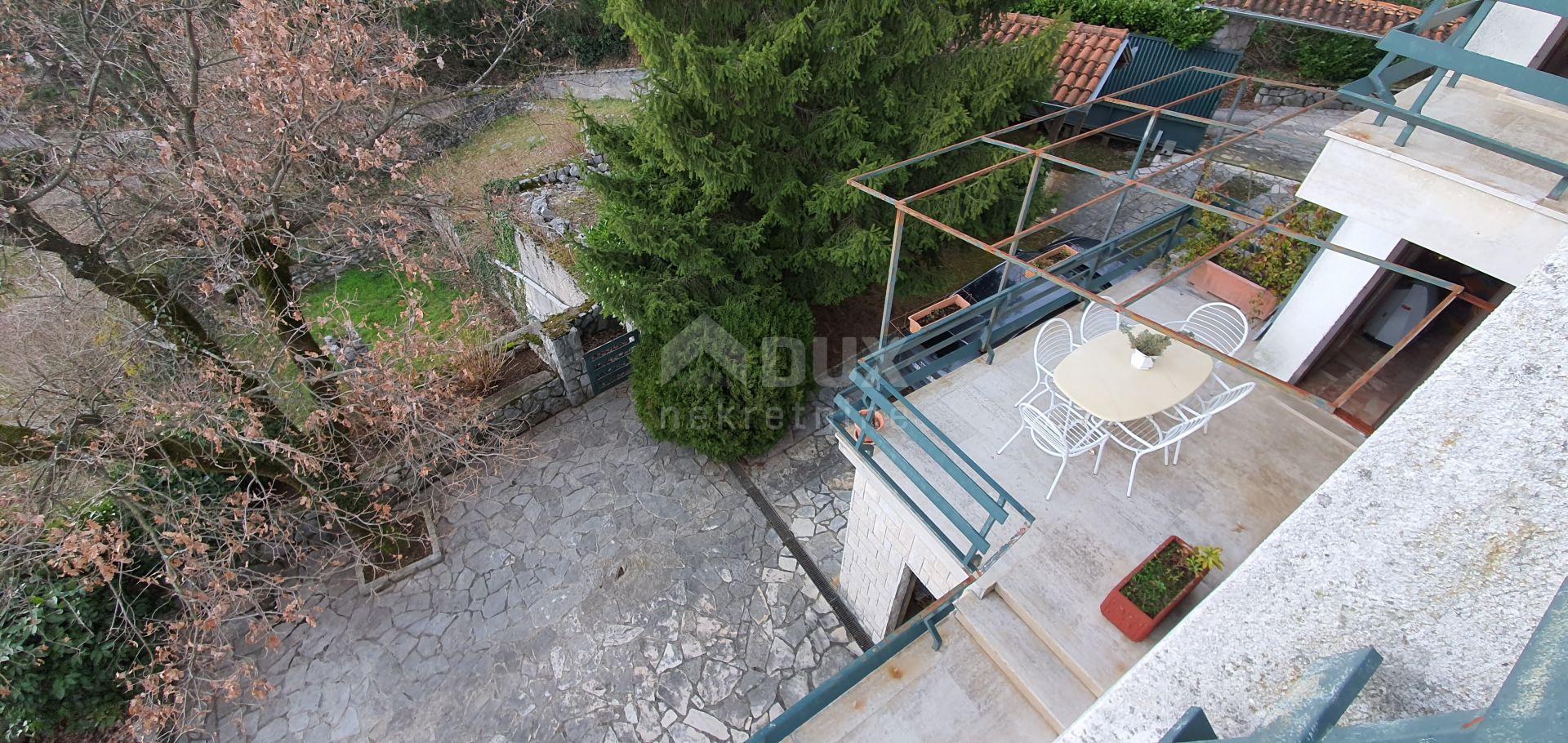 House Veprinac, Opatija - Okolica, 250m2