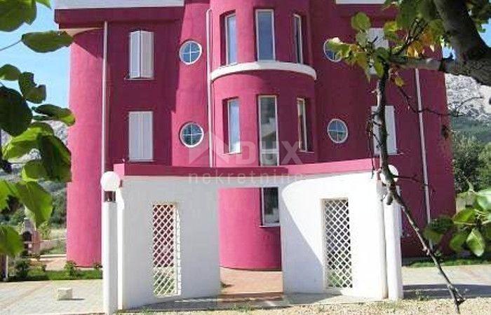 Baška, Krk - Dvoetažni apartman u blizini mora