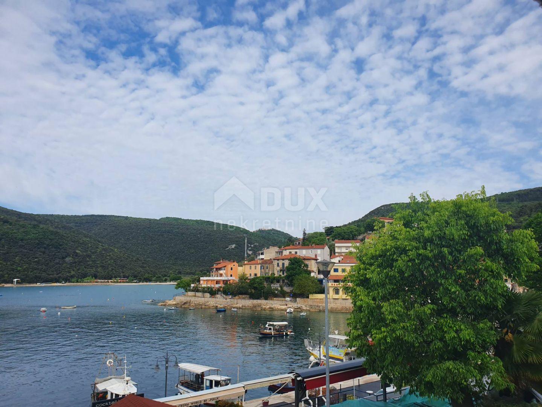 ISTRA-RABAC- stan s pogledom na more