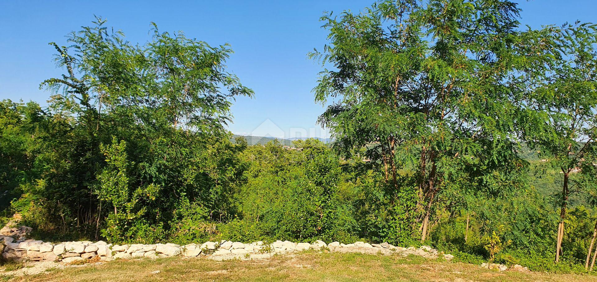 ISTRA, LABIN - Građevinsko zemljište 540 m2