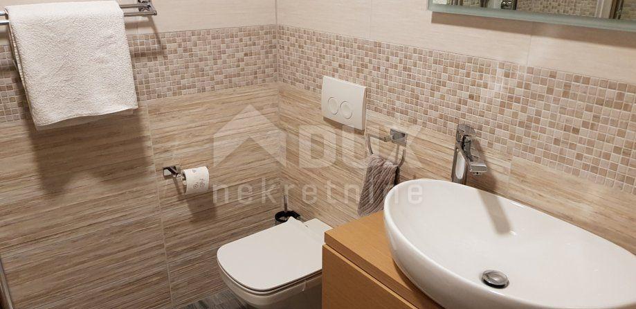 Stan etaža, Kostrena-Novogradnja 3s+db 124m², prodaja