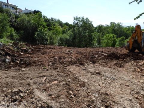 KASTAV - RUBEŠI - BRESTOVICE građevinski teren 3350m2 za  stambenu zgradu – stanove / obiteljsku kuću / villu