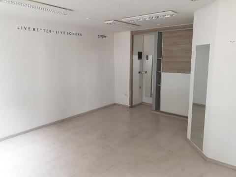 Poslovni prostor centar 70m2