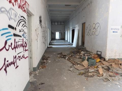 RIJEKA - MLAKA - poslovni prostor 1200m2 unutar poslovno stambene zgrade