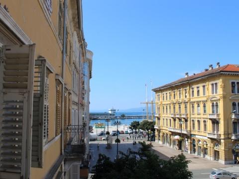 Business premise Centar, Rijeka, 69m2