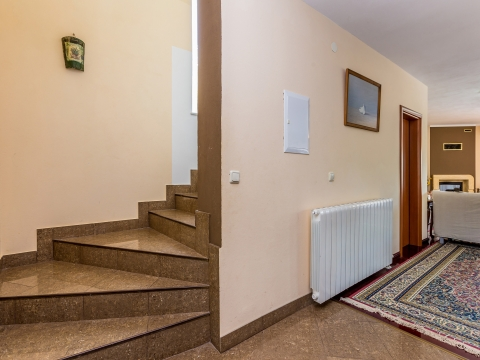 Haus Kras, Dobrinj, 150m2