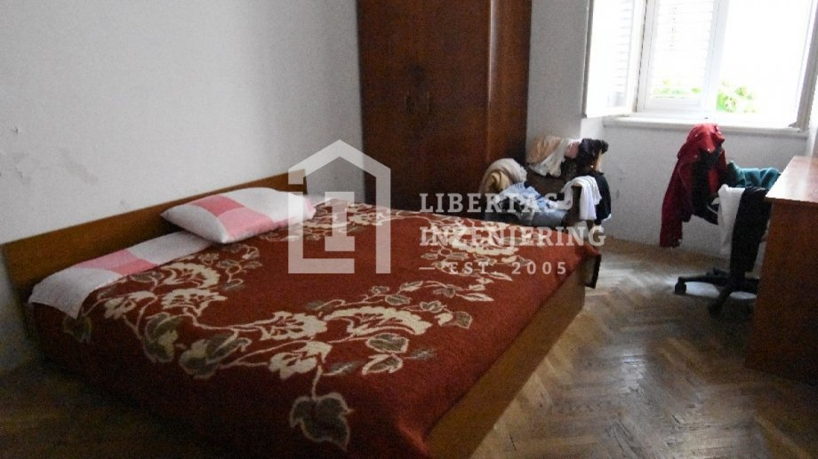 Apartment for renovation in the Old town / DESIRABLE LOCATION