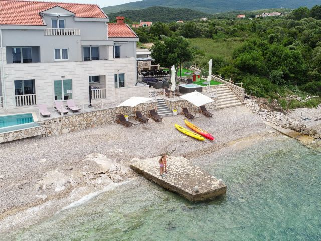 Wonderful holiday home near Dubrovnik / GREAT BUSINESS OPPORTUNITY